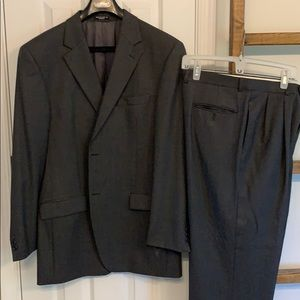 Men's double breasted wool suit